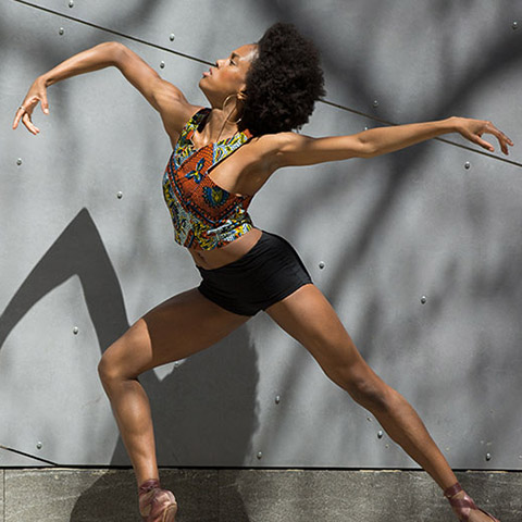 A dancer with scoliosis rises to become one of the breakout stars in her field